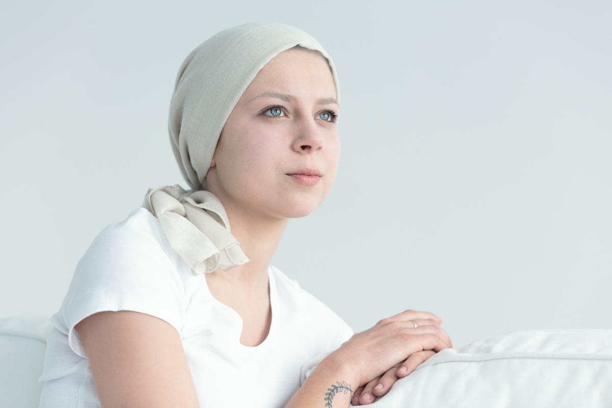woman-with-cancer-feeling-positive-PGKN69D
